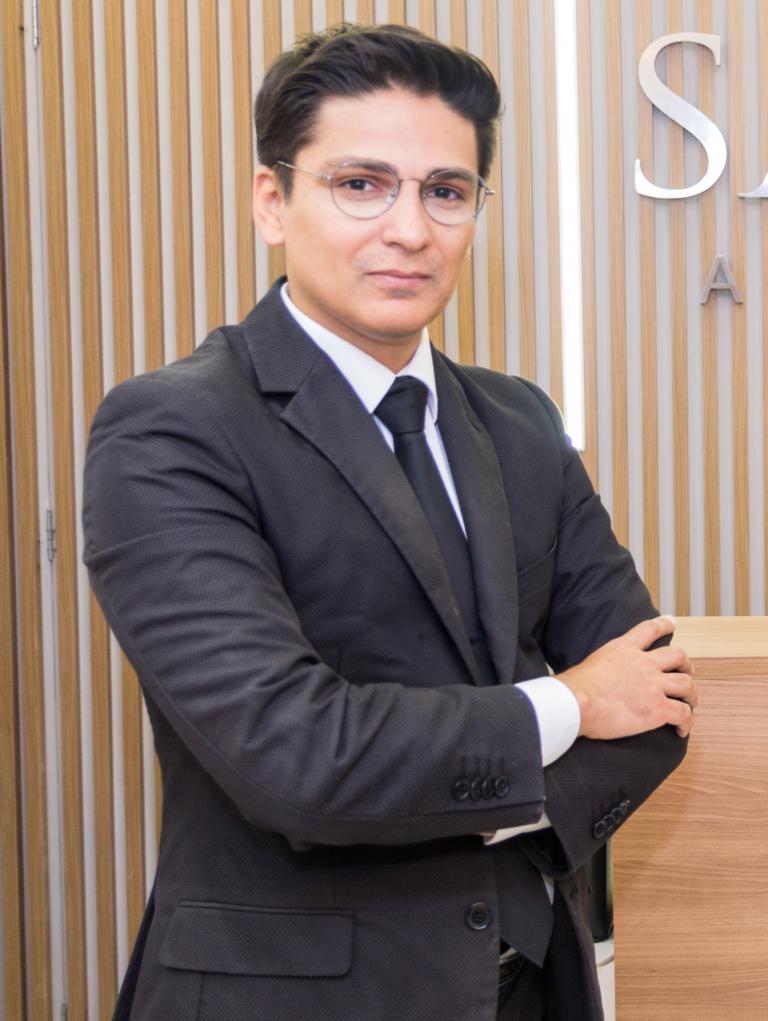 Dr. Rodrigo Salari Costa